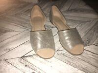 Size 5 - Ladies Metallic Peep-Toe Sandals