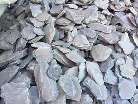 Plumb slate Chippings 40mm