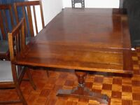 wooden extendable table & 4 chairs