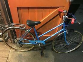 Raleigh Estell Ladies Town Bike. Serviced, Good Condition. Free Lock, Lights, Delivery.