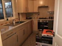 THREE BED HOUSE ON LODGE AVE Barking & Dagenham