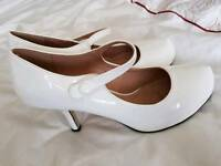 White small heeled shoes size 7 worn once