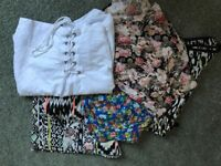 BUNDLE OF WOMENS CLOTHES