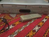 Technika vcr and dvd player