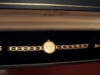 ACCURIST SOLD (NOT PLATED) 9CT GOLD WATCH