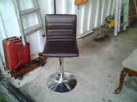 4 kitchen/bar stools, been in garage a while ,