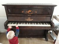 Acoustic antique upright piano FREE