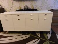 LARGE HIGH GLOSS IKEA UNIT.. (FIRST £30 CAN HAVE IT)