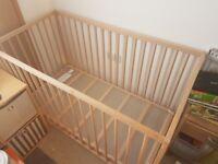 Babys cot/playpen