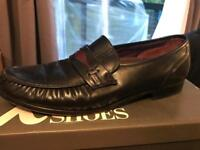 K shoes for men size 11
