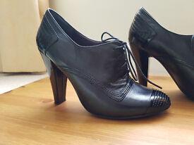 Nine West Black Leather high heel shoes