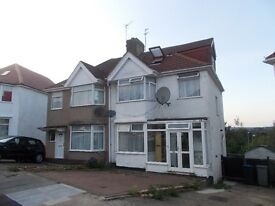 Large 4 / 5 bedroom 2 bathroom house to rent in Kingsbury / Colindale