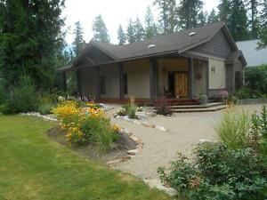 Custom home & hangar nestled next to BC's Beautiful Mabel Lake