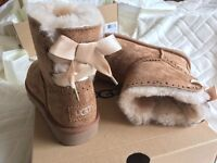 BRAND NEW DIXIE FLORA UGG BOOTS, SIZE 3.5 £130 ONO