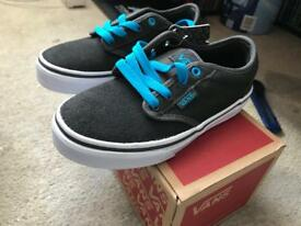 Kids vans size 11.5 never worm