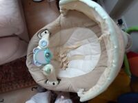 Graco sweetpeace swing. Newish condition