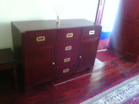 Solid mahogany sideboard 6 drawers and 2 doors.