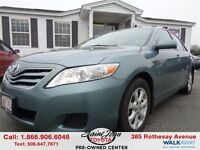 2011 Toyota Camry LE $127.56 BI WEEKLY!!!