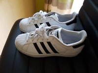 adidas trainers - superstar (size 6)