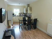 GROUND FLOOR 2 BED FLAT. IDEAL FOR TUBE, TRAIN, SHOPS, AMENITIES and MORE. AVAILABLE NOW N22 N13