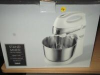 electric stand food mixer,as new only used once.5 speed plus turbo