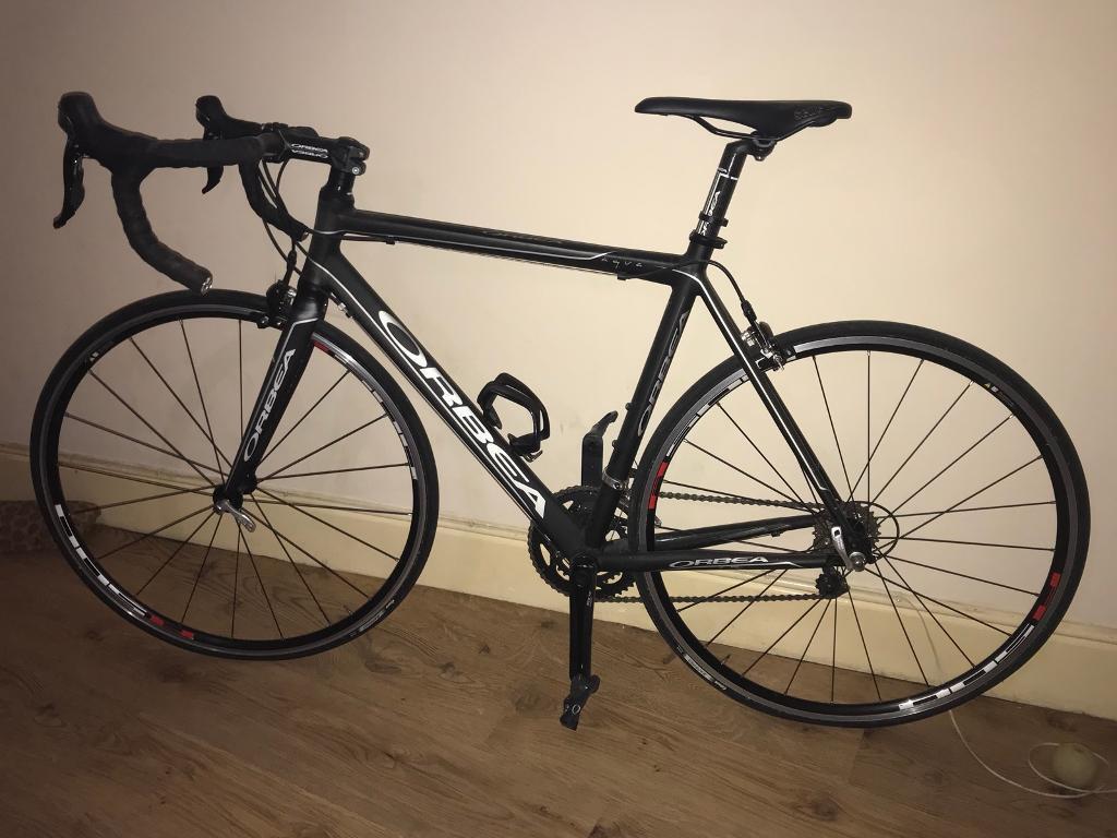 Orbea Aqua T105 54cm Road Bike and Giro Helmet, Clothing & Shoes