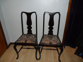 vintage pair of .hall/easy/dinning chairs.