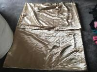 Duvet satin king cover beige used one time v,good condition £5