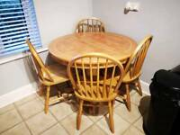 Tiled extending table with 6 chairs