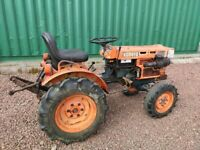 Kubota B7100 diesel mini compact tractor with topper