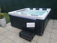 Hot tub for Sale in West Yorkshire   Outdoor Settings