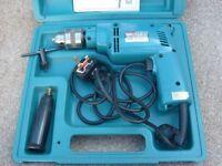 Makita 240 volt 430 Watt variable speed hammer Drill mint condition