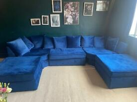 Dark blue velvet sofa *2 months old*