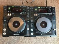 2x Pioneer CDJ 850 - Excellent condition (Pair of decks)