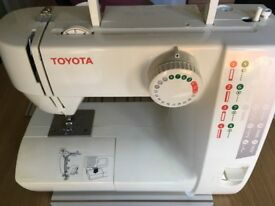 Toyota rs2000 sewing machine