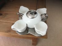 REDUCED Stylish and Unusual Tea Set comprising of tea pot, four cups & tray