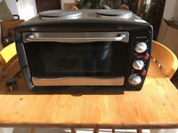 Mini Kitchen, oven and two rings, Scotts of Stow. Origional box and packaging, like new