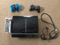 Playstation 3 500GB 2 Controllers 4 games