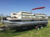 2001 22 Ft Crest Family Fish Pontoon Swap/Trade