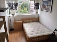 Stunning Double Room - close to Limehouse DLR station