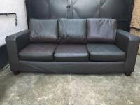 Black leather 3 seater sofa •free delivery•