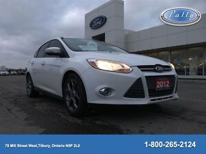 2013 Ford Focus SE, Leather, Moonroof, One owner!!!