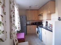 1-bed Flat to let for 1 year in Walton-on-Thames