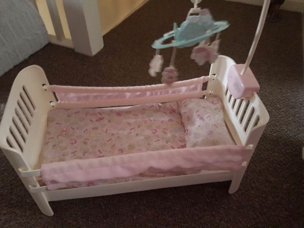 Baby Shower Cakes Eastbourne ~ Girls baby annabell cot with mobile in eastbourne east