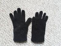 Black Gloves (Female)