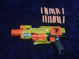 Battery powered Nerf Gun with 18 bullets