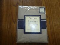 Brand new sealed pair of Biscuit pillow cases - super luxury Percale by fortywinks 180 threadcount