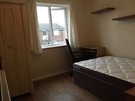Single rooms and double room for rent in bicester
