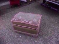 Fabric foot stool In Great Condition Delivery available