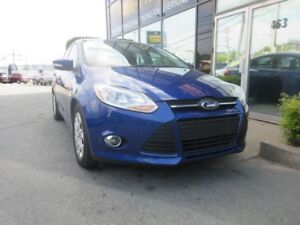 2012 Ford Focus SE AUTO - LOW KMS!